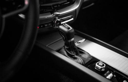 T5 AWD R-Design