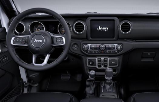 2.0 Turbo 272 Sahara 4x4